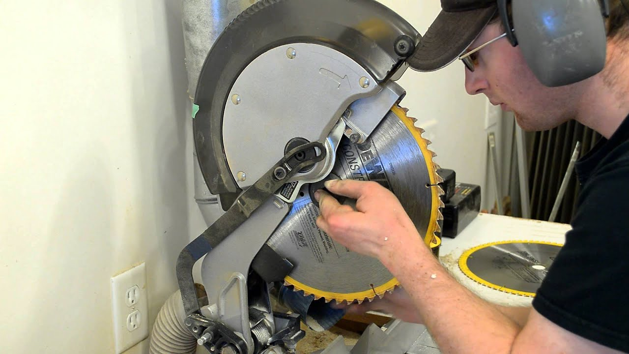 how to unlock milwaukee miter saw